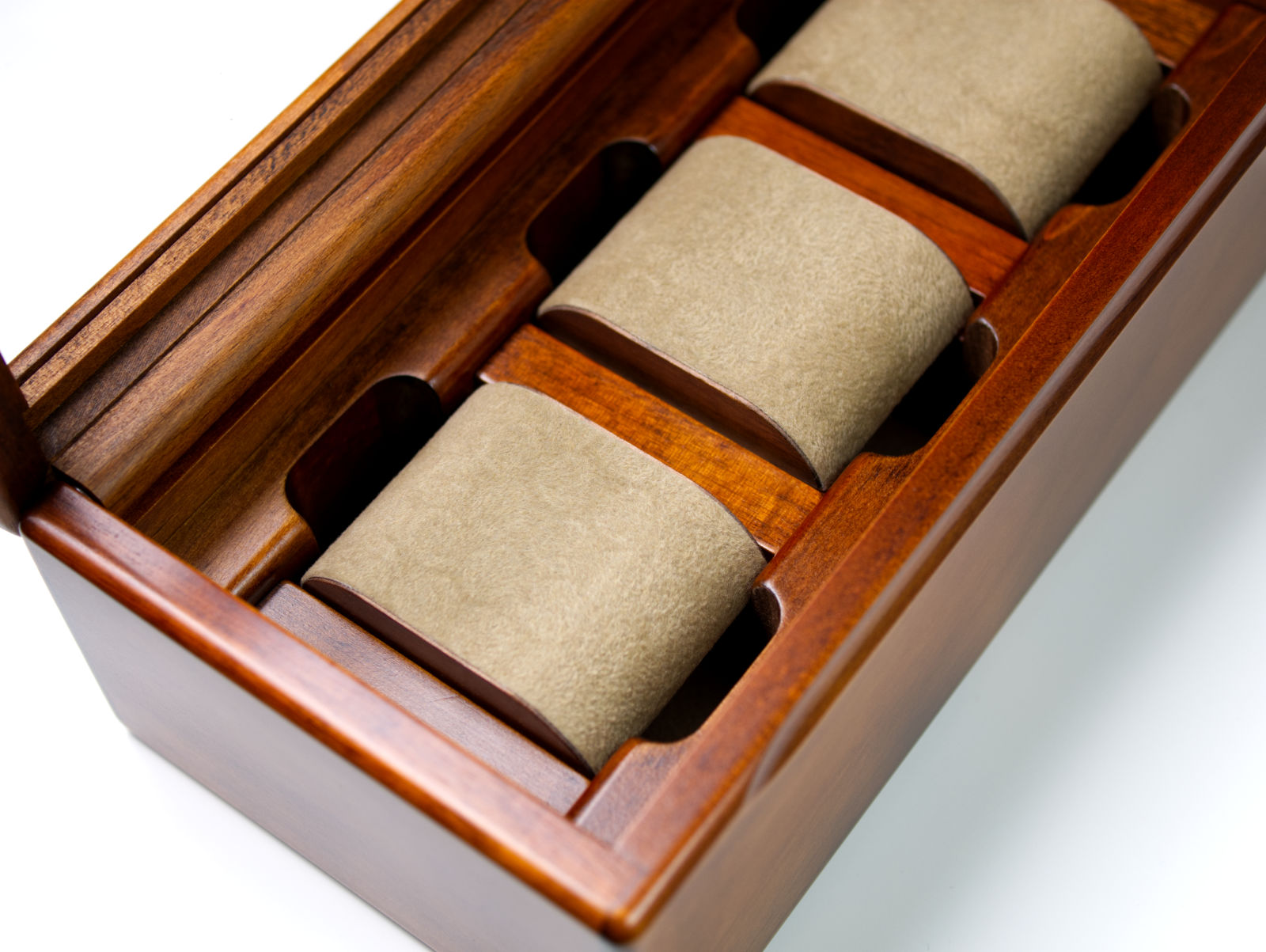 Toyooka Craft Watch Box With Pillows